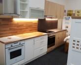Optima Dub Nagano kuchyň 180 cm VÝPRODEJ z výstavní plochy