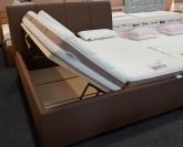 Belafonte čalouněná postel s úložným prostorem 180 x 200 cm VÝPRODEJ z výstavní plochy