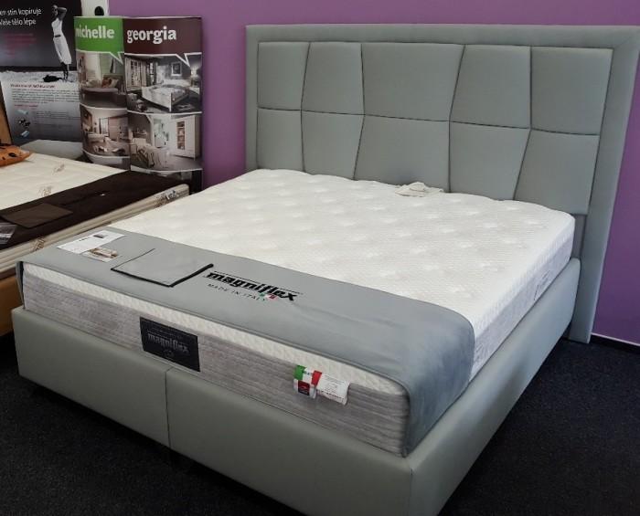 Edel Relief postel VÝPRODEJ z výstavní plochy